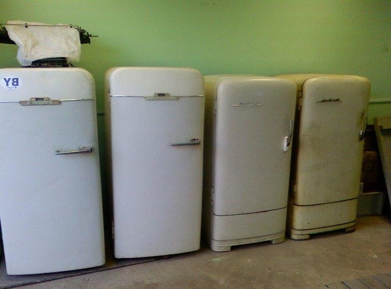ремонтируем старые холодильники